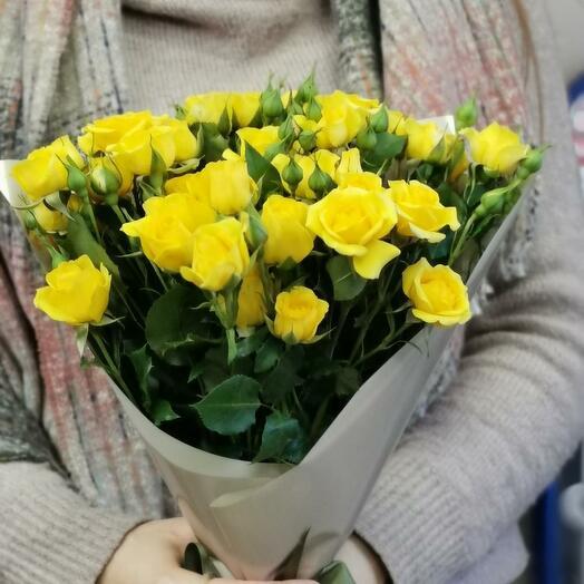 Букет Лимончелло 7 из желтых кустовых роз