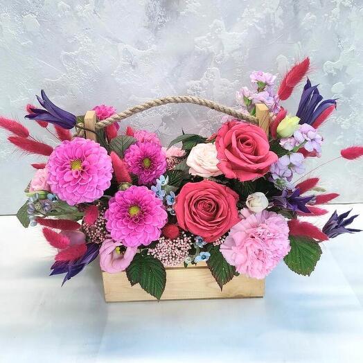 Цветы в коробке Девичьи грёзы Собран