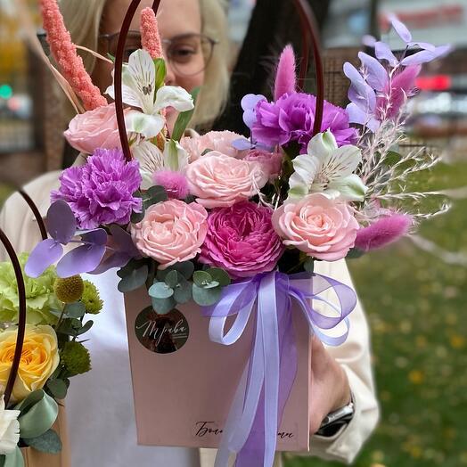 Очаровательные цветочные сумочки 😍