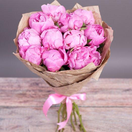 11 пионов в крафте: букеты цветов на заказ Flowwow