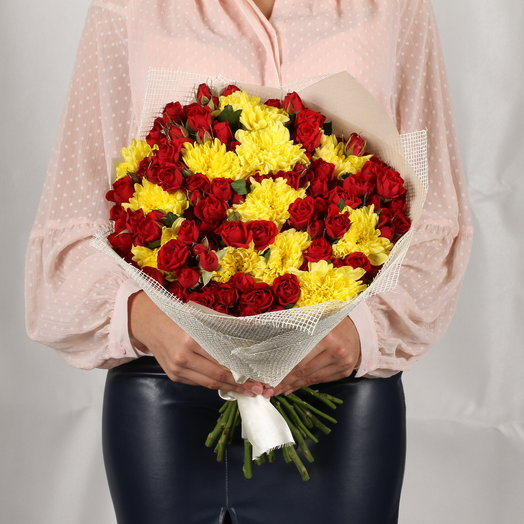 Красная заря: букеты цветов на заказ Flowwow