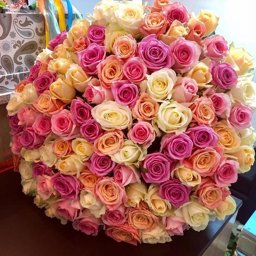 101 роза «Бриллиант»: букеты цветов на заказ Flowwow