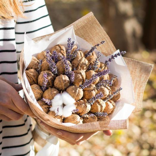 Букет из грецких орехов 46: букеты цветов на заказ Flowwow