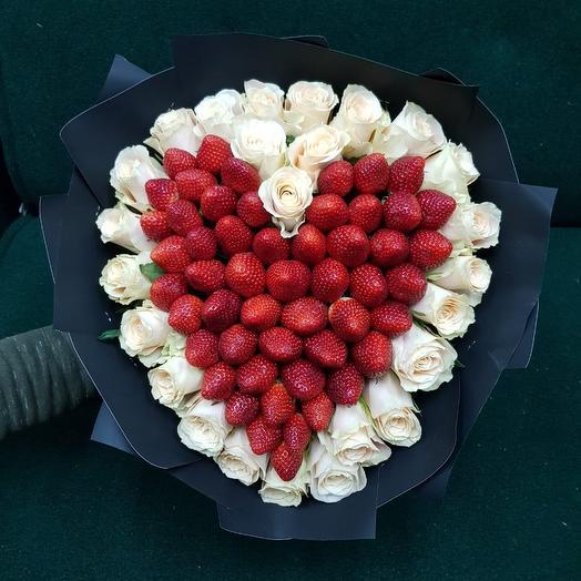 Сердце их клубники: букеты цветов на заказ Flowwow