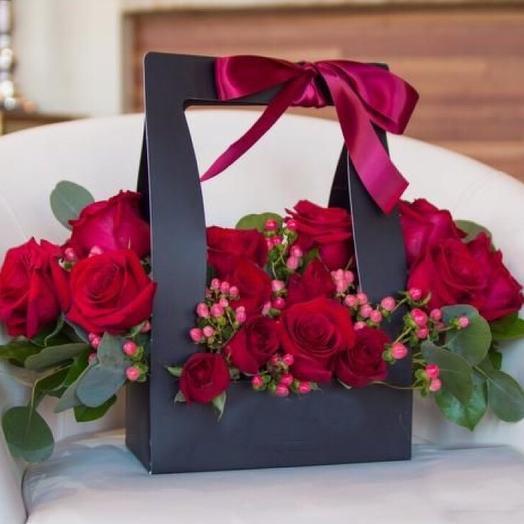 Любовное послание с розами