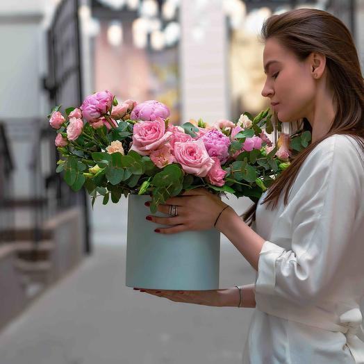 """Букет в коробке """"Красивый"""": букеты цветов на заказ Flowwow"""