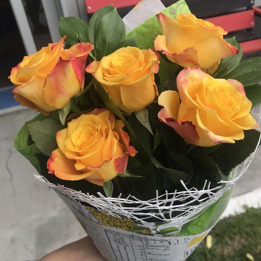 Букетик «5 роз»: букеты цветов на заказ Flowwow