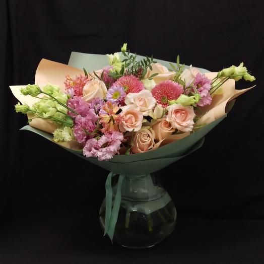 Розовый сюрприз: букеты цветов на заказ Flowwow