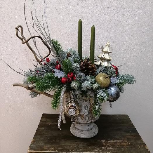 Новогодняя композиция в кашпо из бетона: букеты цветов на заказ Flowwow