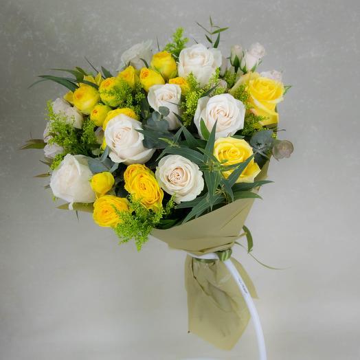 Желтый букет с розами
