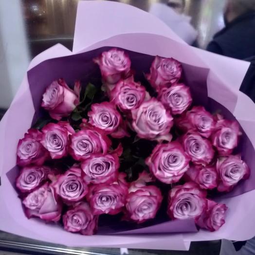 Розы фиолетовые с пионовидным раскрытием 29: букеты цветов на заказ Flowwow