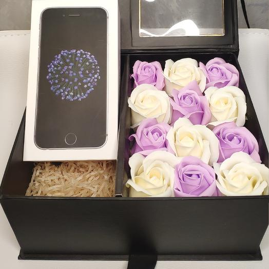 Подарочная коробка с мыльными розами: букеты цветов на заказ Flowwow
