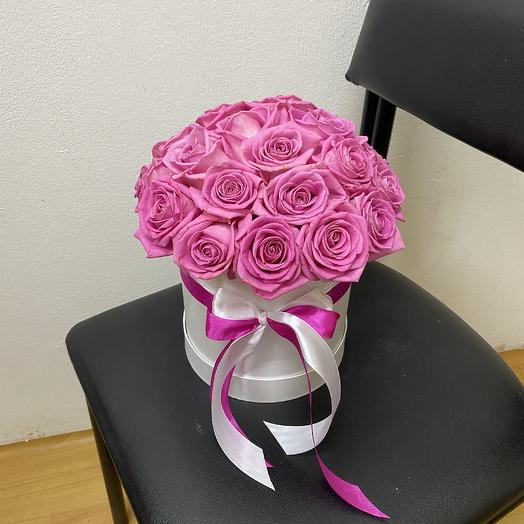 19 розовых роз в шляпной коробке: букеты цветов на заказ Flowwow