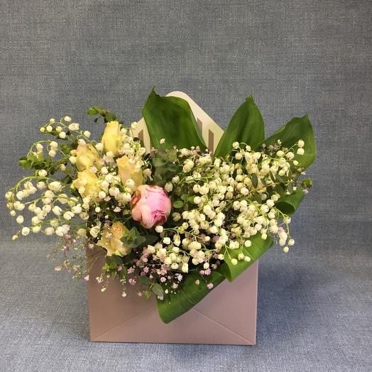 Конвертик ландышей: букеты цветов на заказ Flowwow