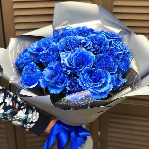 21 синяя роза эквадор в оформлении