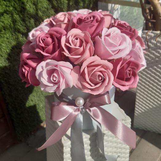 Цилиндр с мыльным розами