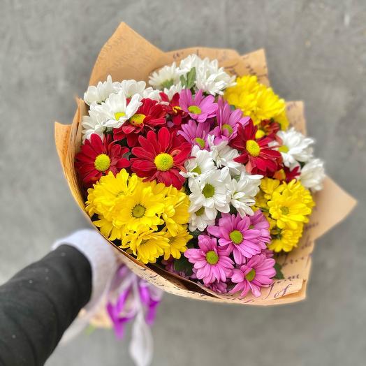 Букет 11 разноцветных кустовых хризантем