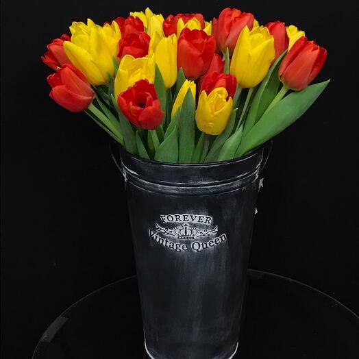 Тюльпаны винтаж