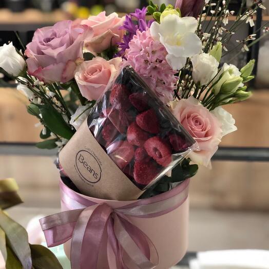 Цветы в коробке (подарочный 1)