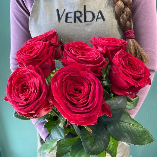 Букет из 7 красных роз 60 см