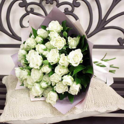 Flowers Lovers - 11 кустовых ажурных роз