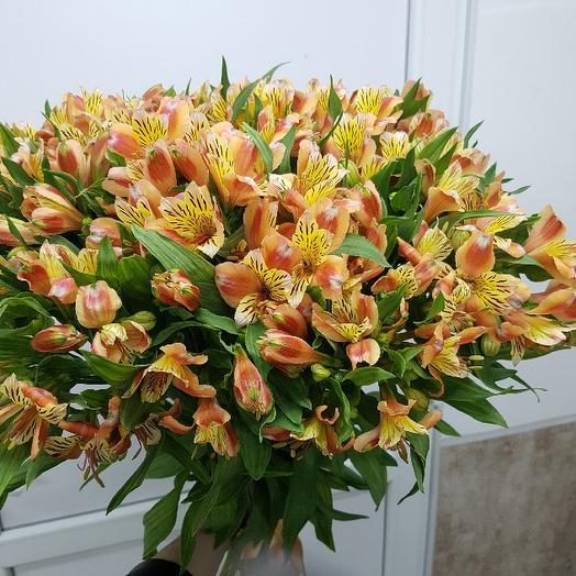 Букет из 29 желтых альстромерий: букеты цветов на заказ Flowwow