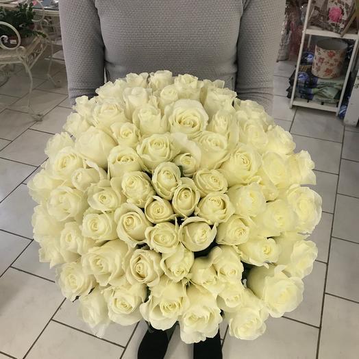 Букет из 65 белых роз 60 см: букеты цветов на заказ Flowwow