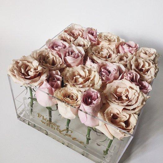 Бокс с наслаждением: букеты цветов на заказ Flowwow