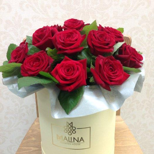 Коробка с розами Даудель: букеты цветов на заказ Flowwow