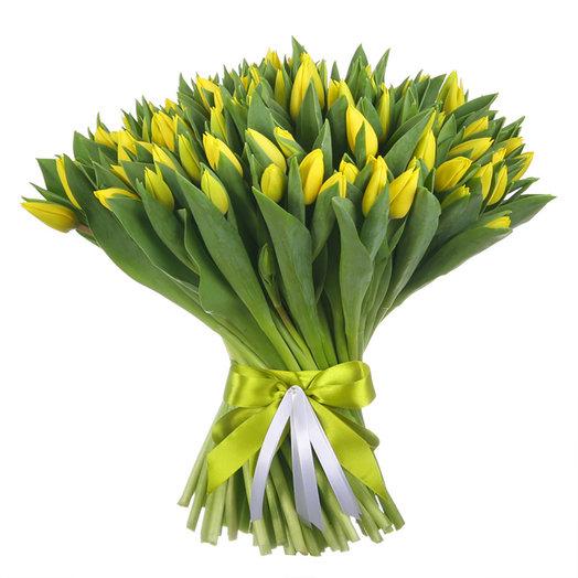 """Букет из 101 тюльпана """"Стронг Голд"""": букеты цветов на заказ Flowwow"""