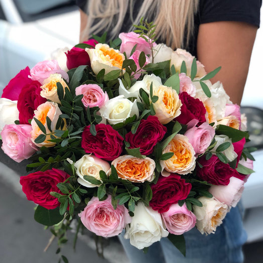 Букет пионовидных роз David Austin