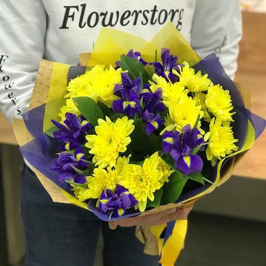 Монобукеты. Хризантемы желтая. Ирисы. N309: букеты цветов на заказ Flowwow