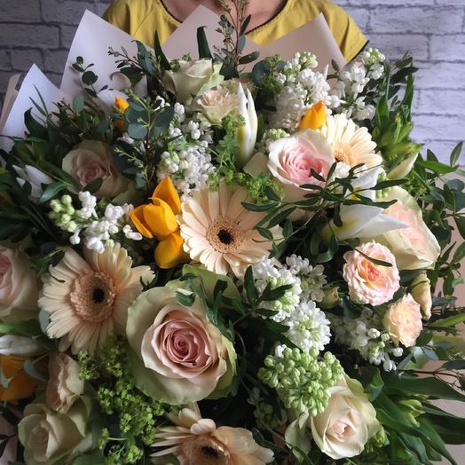 Авторский роскошный букет с сиренью: букеты цветов на заказ Flowwow