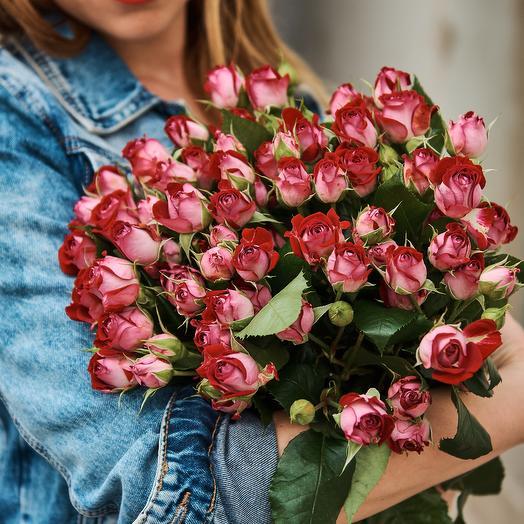 Кустовая роза: букеты цветов на заказ Flowwow