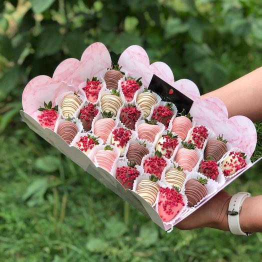 30 клубник в шоколаде: букеты цветов на заказ Flowwow