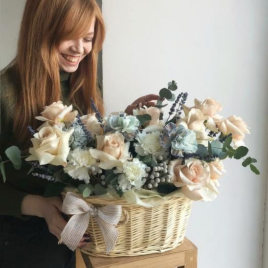 Шикарная корзина xxl: букеты цветов на заказ Flowwow