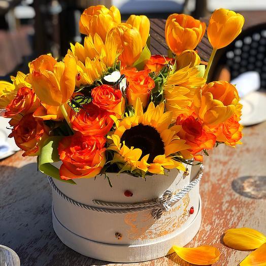 Golden Box: flowers to order Flowwow