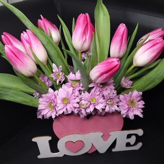 Тюльпаны в сердце: букеты цветов на заказ Flowwow