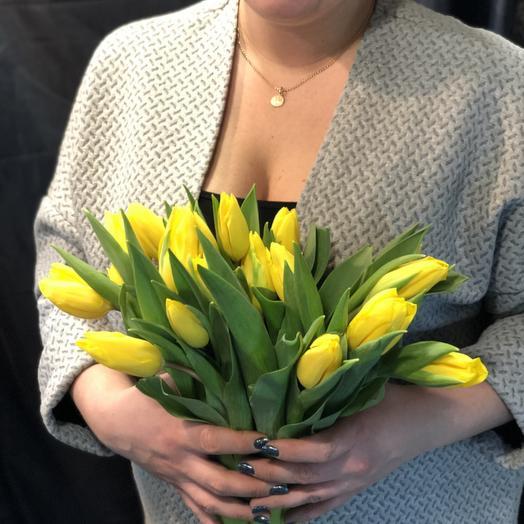 Желтые тюльпаны 19: букеты цветов на заказ Flowwow