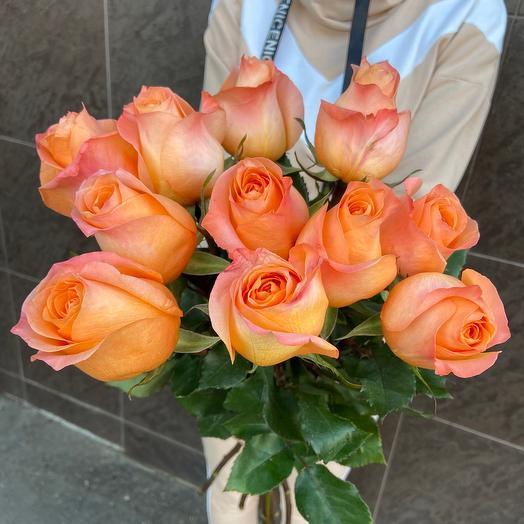 11 огненных роз