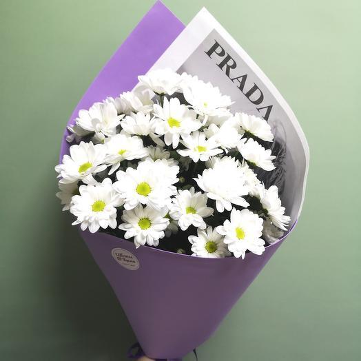 Стильный букет хризантем