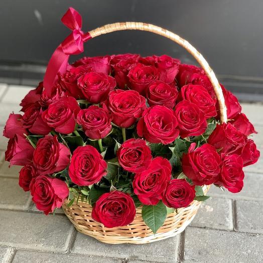 "Корзина ""Королева цветов"""