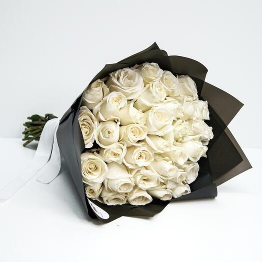 35 роз (40см)