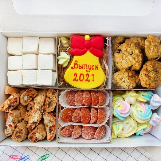 """""""На выпускной 2021"""", сладкий подарочный набор"""