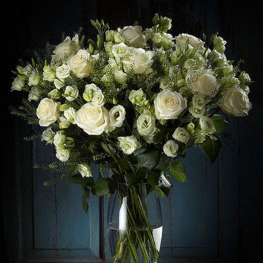 Восхитительный белый (Букет 251): букеты цветов на заказ Flowwow