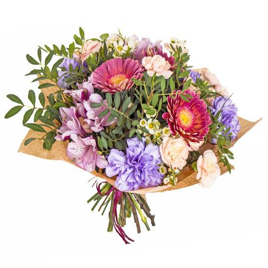 Апрель: букеты цветов на заказ Flowwow