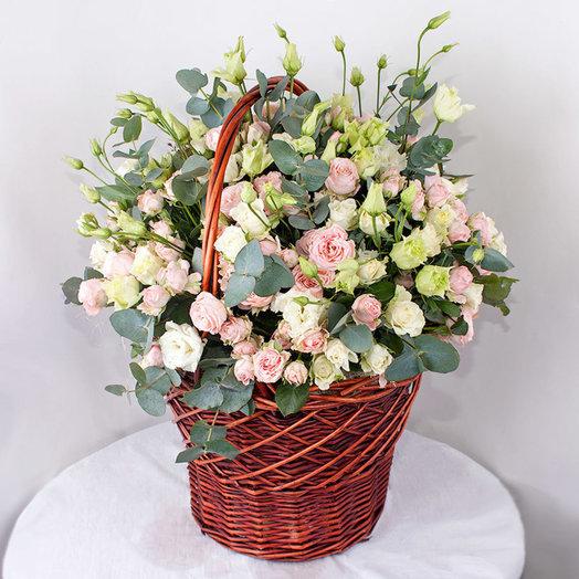 Нежные цветы в корзине: букеты цветов на заказ Flowwow