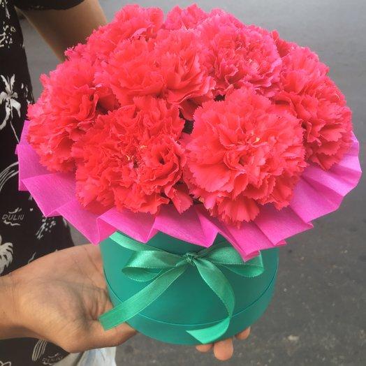 Коробочка из розовой гвоздики: букеты цветов на заказ Flowwow