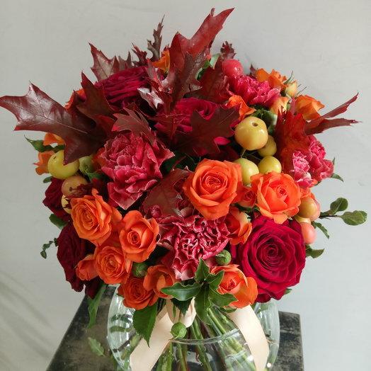 Осень с розами и гвоздиками: букеты цветов на заказ Flowwow