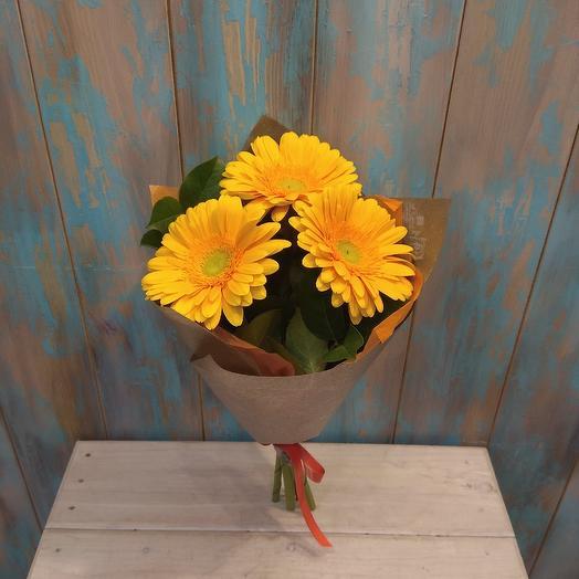 Букет из 3 гербер в крафте: букеты цветов на заказ Flowwow